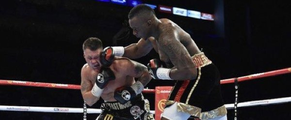 Dillian Whyte meng-KO Brian Minto
