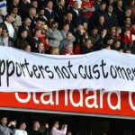 Supporter Premier League Protes Harga Tiket Pertandingan
